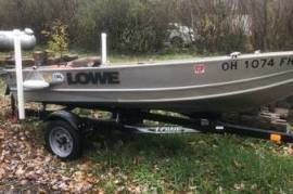 Lowe 1257 boat and trailer