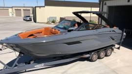 2016 Cruisers 338 Bowrider