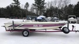 1993 Malibu Skier - Closed Bow