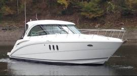 2008 Cruisers Yachts 390 sport coupe