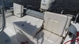 Blue Wave 2000 Pure Bay center console bay bo
